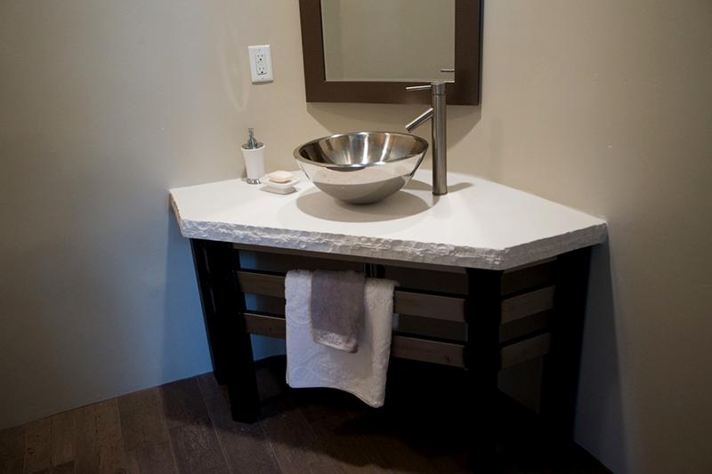Rustic Look Rough Edge Granite Bathroom Countertop And Stainless Washbasin  ...