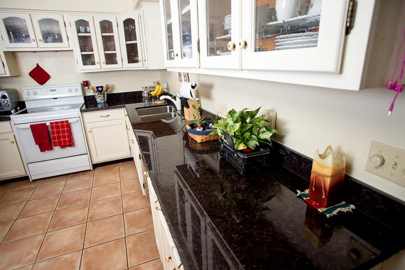 Granite installers Phoenix counter top Marron