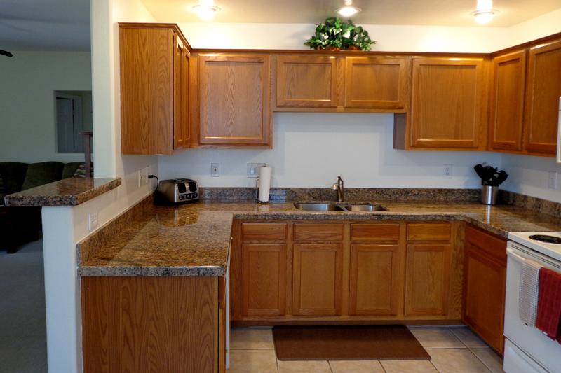 Granite Kitchen counter top Jup Sta Cecilia