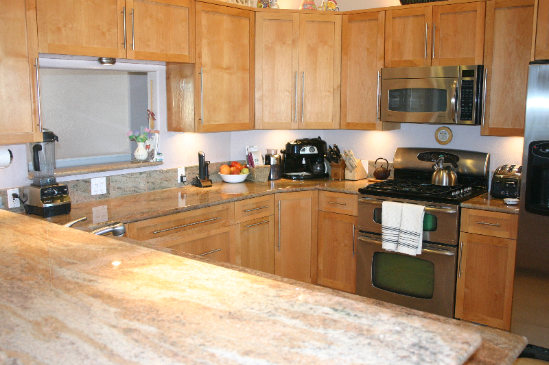 Granite counter top Multicolor onyx u shape kitchen layout
