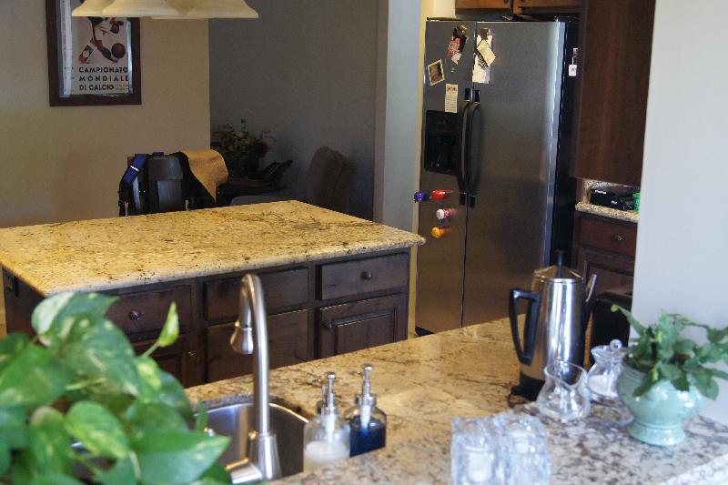Granite counter top Typhoon Bordeaux kitchen center table
