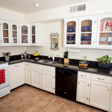 Arizona Granite Kitchen countertops Phoenix AZ white cabinet