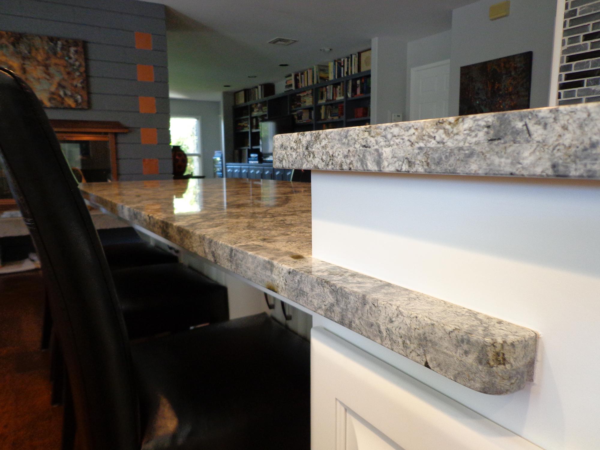 installing kitchen countertop